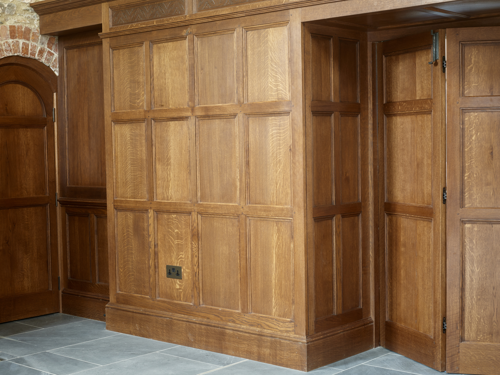 oak panelling painted panelling period panelling panelled rooms