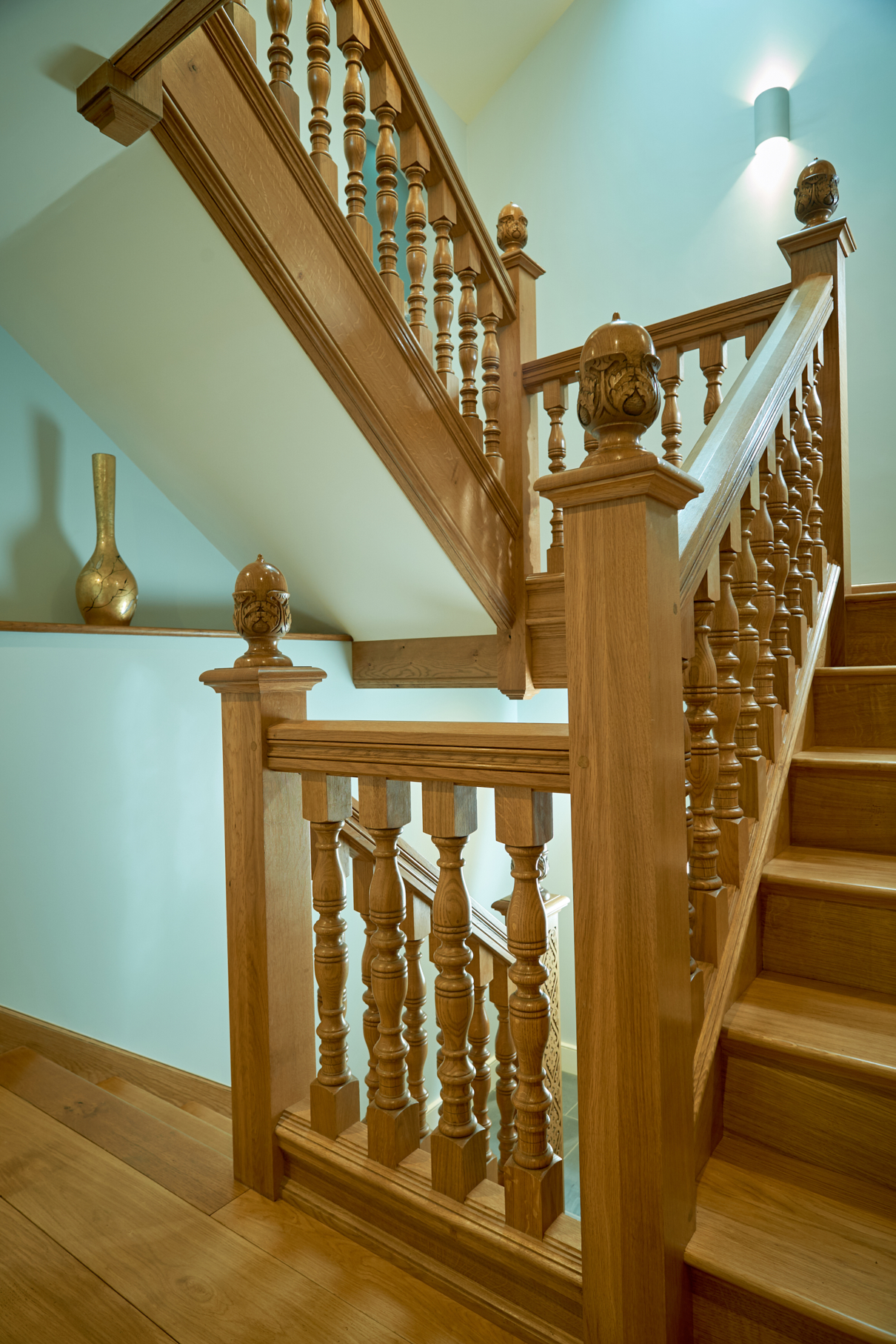 solid oak and period style staircases